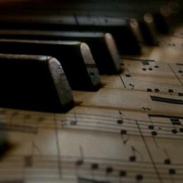Gesangsunterricht Klavierunterricht Djembeunterricht München